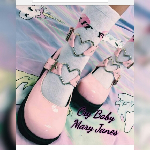 856444a65df MARY JANES. PINK CRY BABY MARY JANES